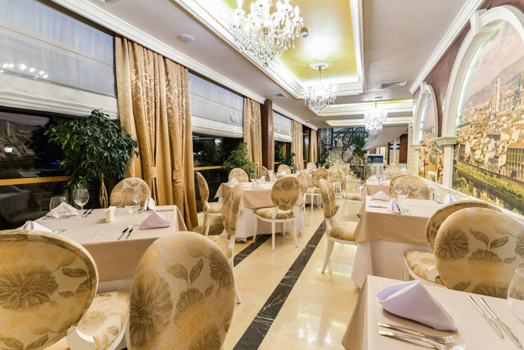 апарт хотел и ж.к. Вила Флоренс в Свети Влас (7329)