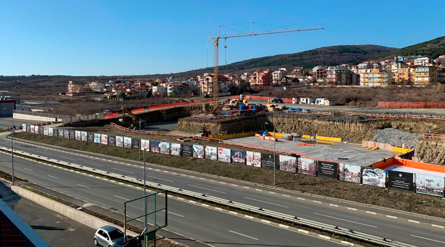 Жилищен комплекс Флоренция Гранд Палас в град Свети Влас, България